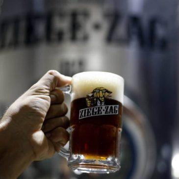 Conheça bares e restaurantes da Barra que fabricam cerveja em suas próprias instalações